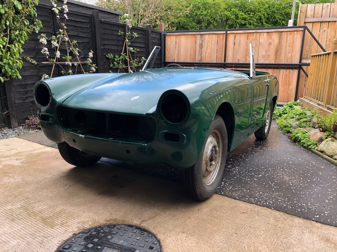 2000 Mg Midget - Brand New Heritage Bodyshell SOLD (picture 6 of 6)
