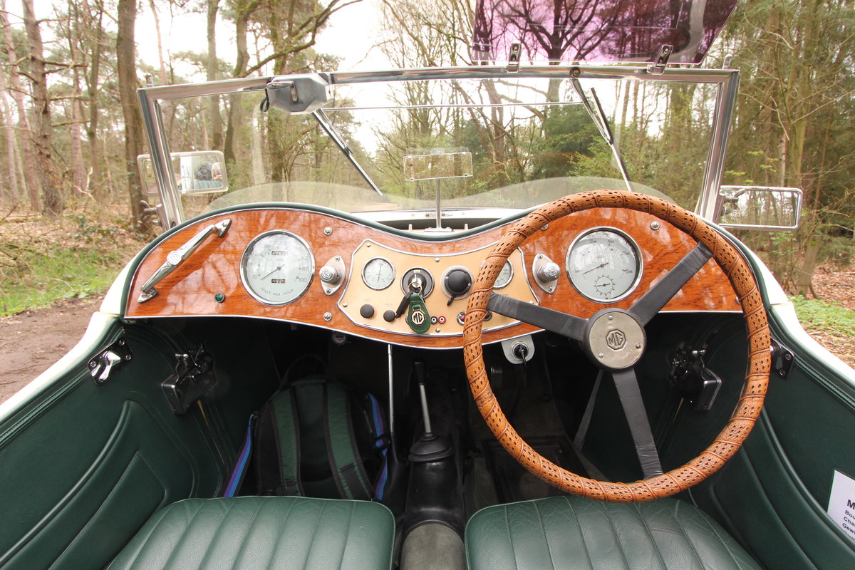 1947 Good running MG TC in restored condition For Sale (picture 5 of 6)