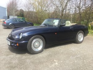 1994 MG RV8 Oxford Blue