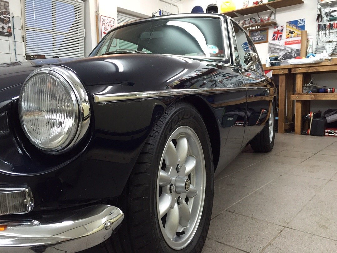 1969 MGB GT, 1950cc, Frontline Upgrades SOLD (picture 6 of 6)