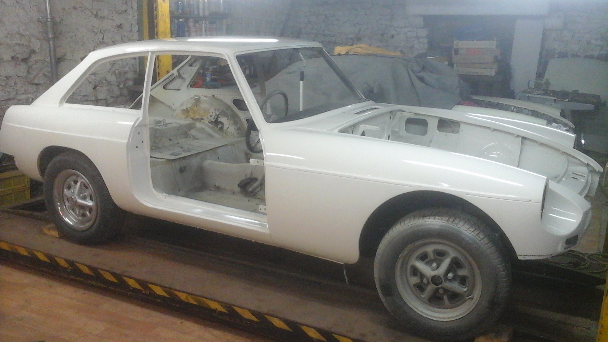 1972 Refurbished chrome bumper GT. SOLD (picture 3 of 6)