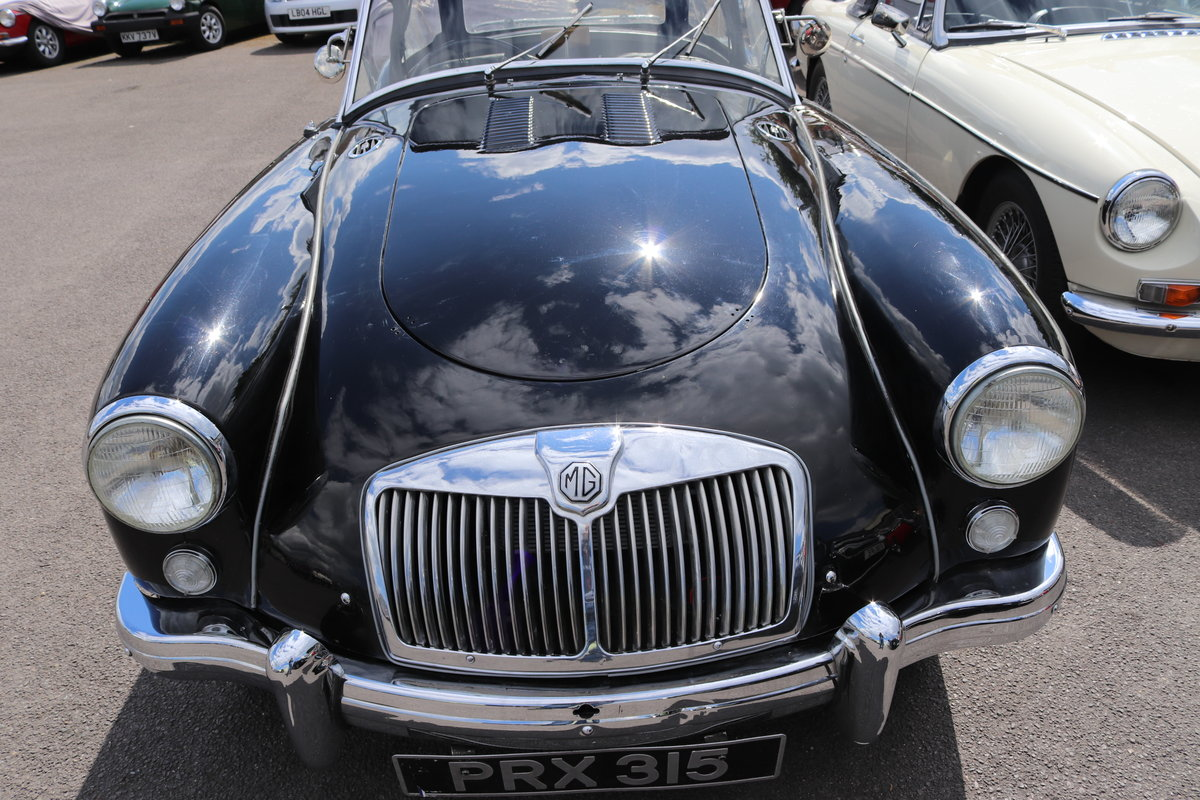 1957 MGA Roadster 1500, UK Car, 5 Speed For Sale (picture 2 of 4)