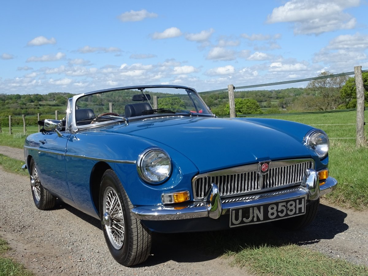 1970 Lovely original MGB Roadster, overdrive, last owner 20 years SOLD (picture 2 of 6)