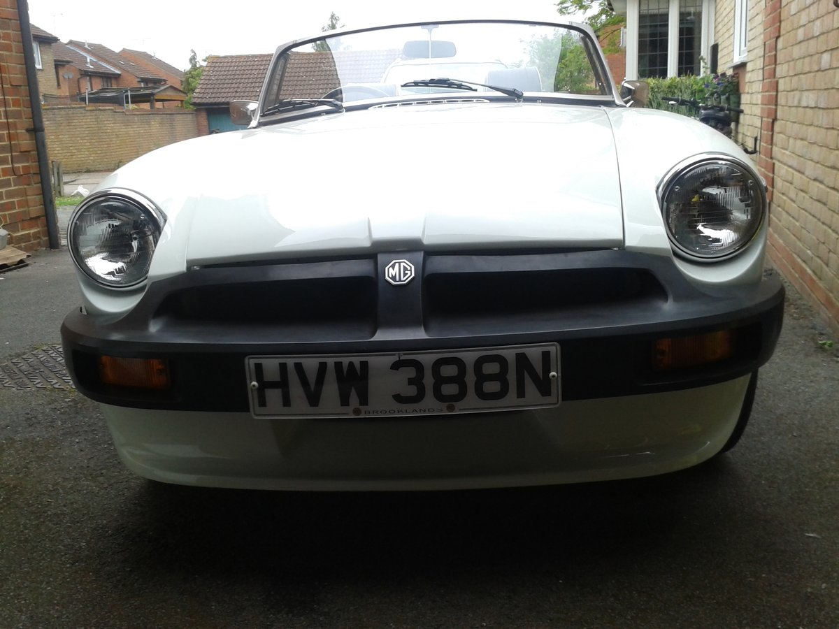1975  White MGB Roadster. SOLD (picture 6 of 6)
