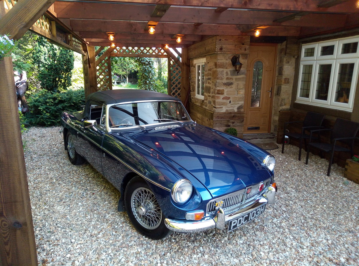 1969 MGB ROASTER IMMACULATE  EXAMPLE  For Sale (picture 1 of 6)