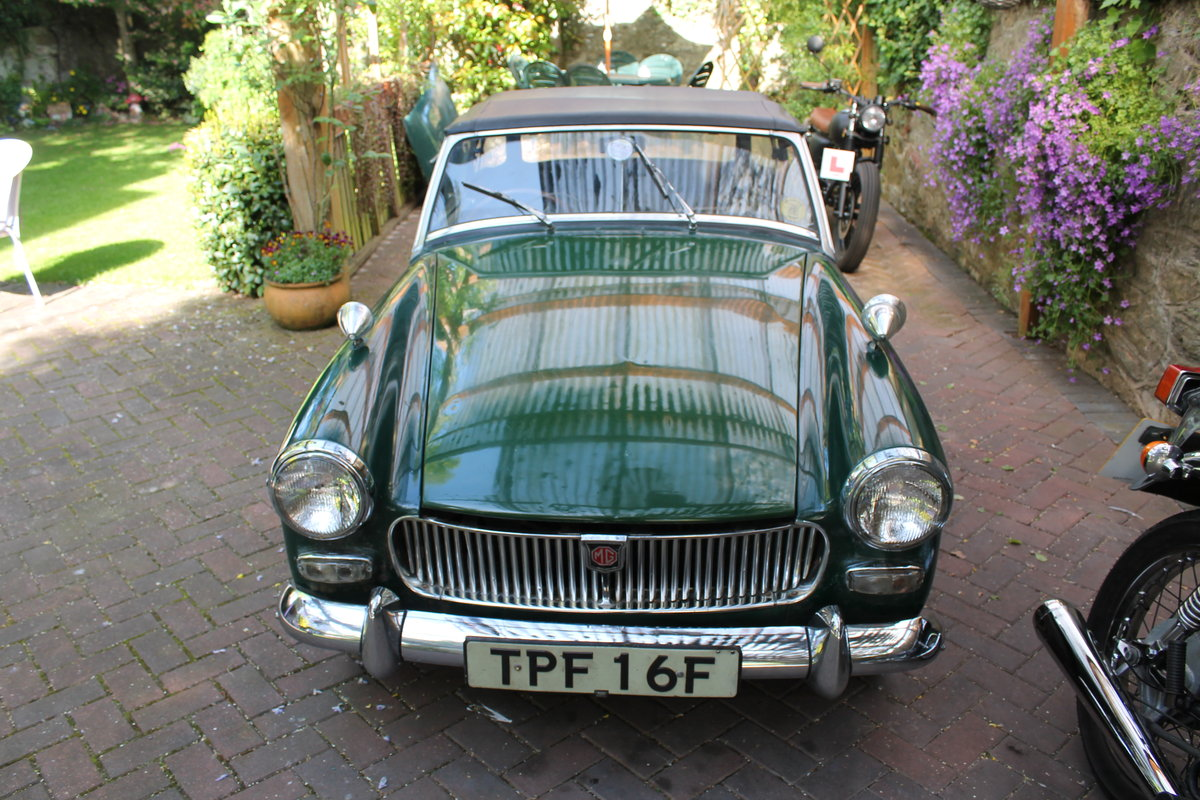 1968 mg midget , wire wheels , for restoration For Sale (picture 1 of 6)