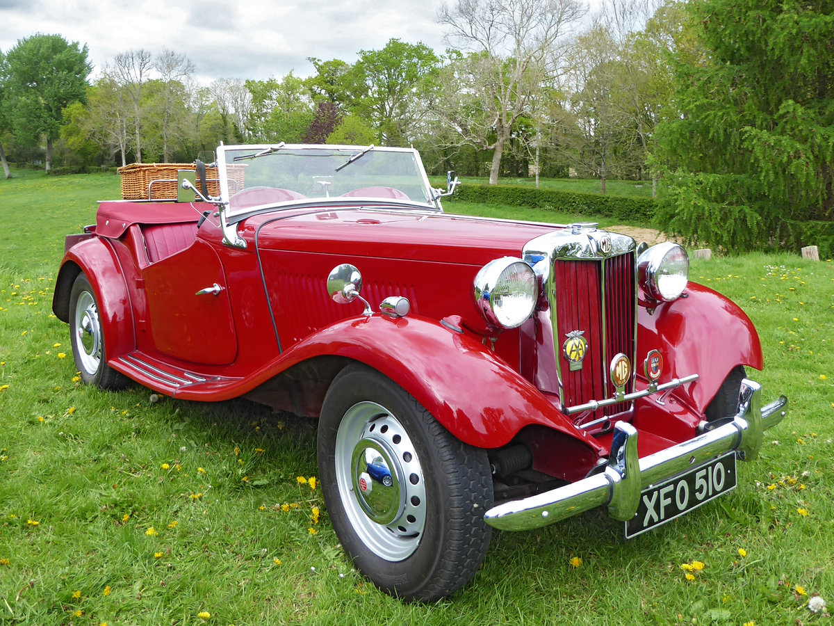 1950 Stunning MG TD. Engine just rebuilt. Many extras. For Sale (picture 1 of 6)