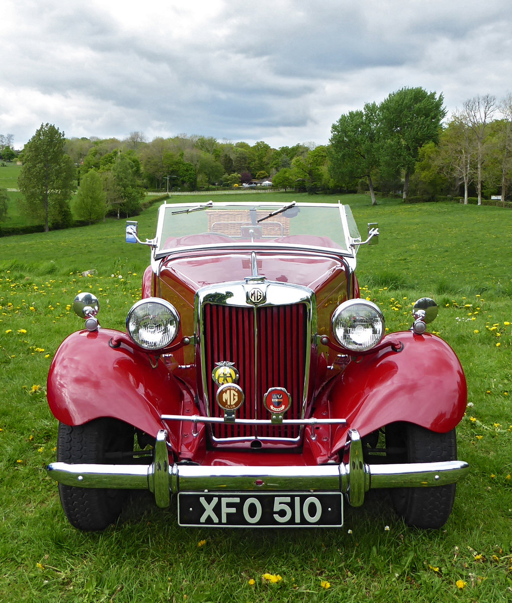 1950 Stunning MG TD. Engine just rebuilt. Many extras. For Sale (picture 2 of 6)
