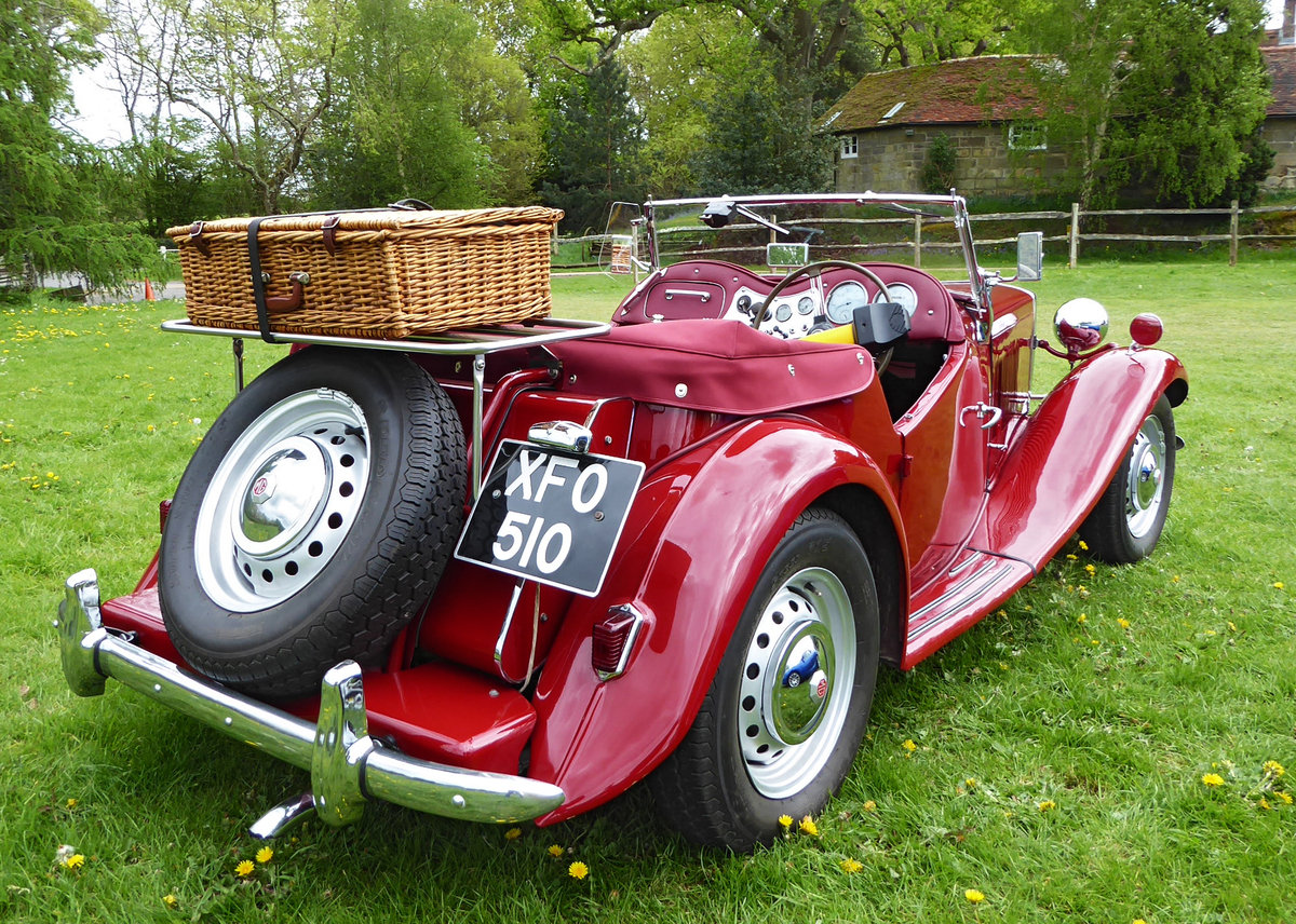 1950 Stunning MG TD. Engine just rebuilt. Many extras. SOLD (picture 3 of 6)
