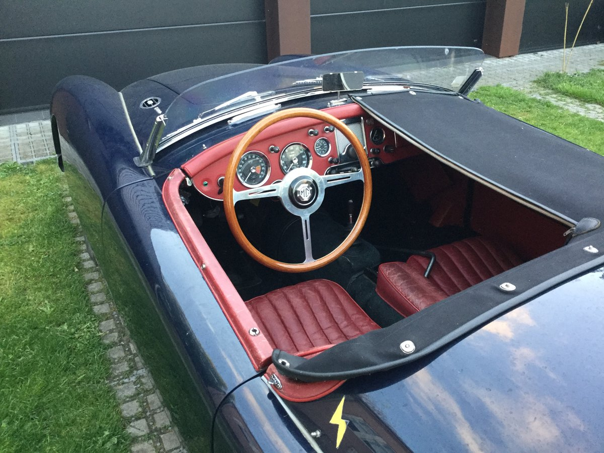 1961 MGA mkI deluxe for sale , LHD For Sale (picture 3 of 6)
