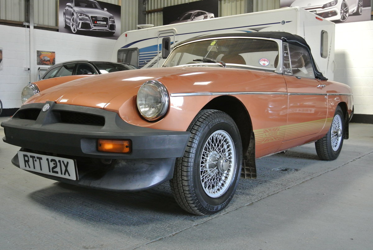 1981 SUPER ORIGINAL MGB LE 70K 1 OWNER FROM NEW! For Sale (picture 2 of 6)