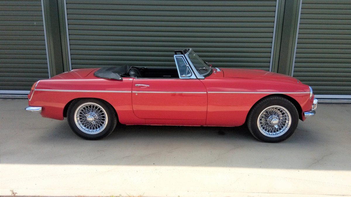 1969 MGC Roadster SOLD (picture 2 of 6)