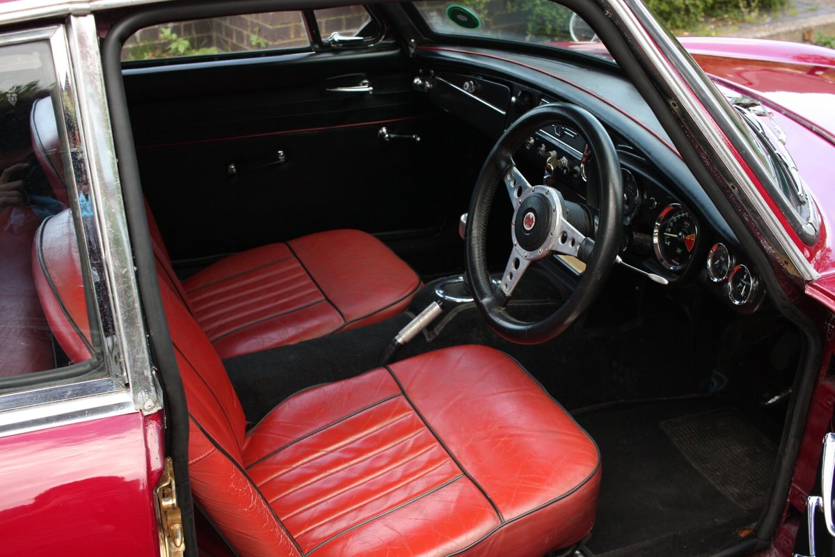 1966 MGB GT Mk1 - Maroon, wire wheels - Running Restoration SOLD (picture 3 of 6)
