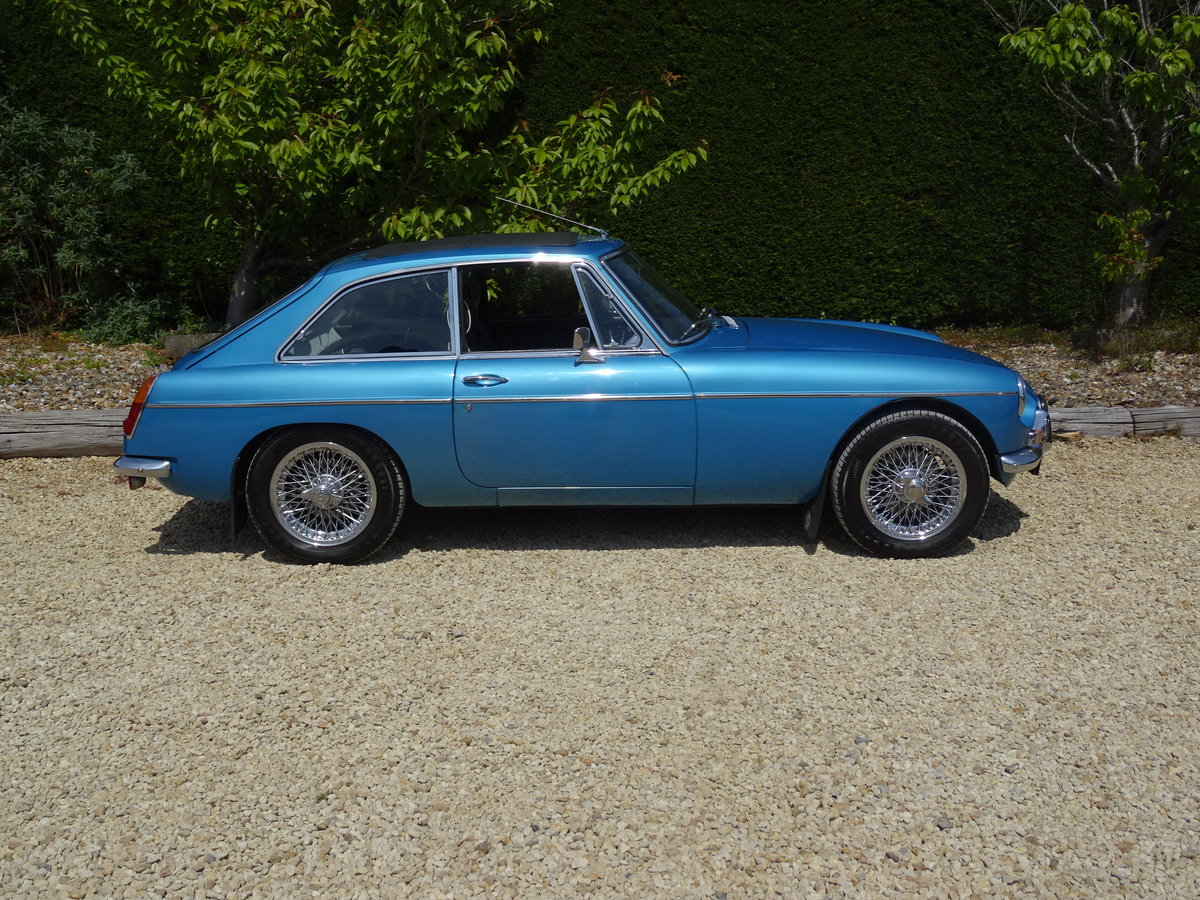 MGB GT Mk1 – Stunning Restoration/Fast Road Specification   SOLD (picture 3 of 6)