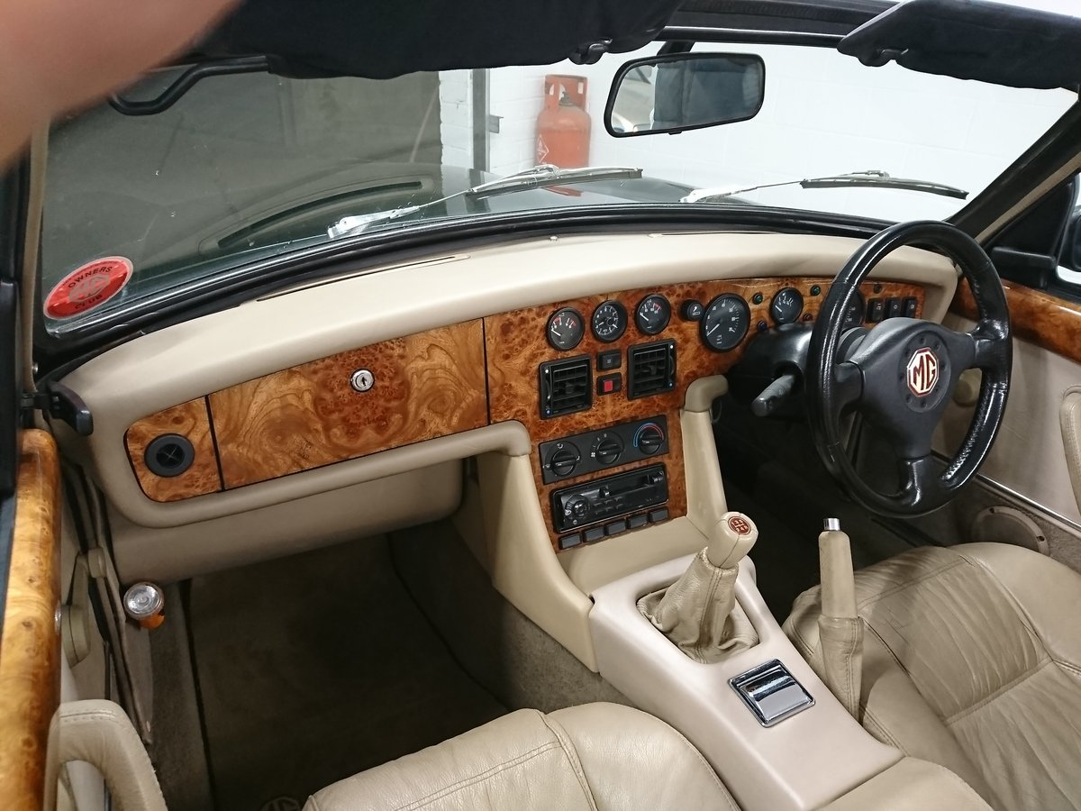 MGR V8 1995 For Sale (picture 5 of 6)