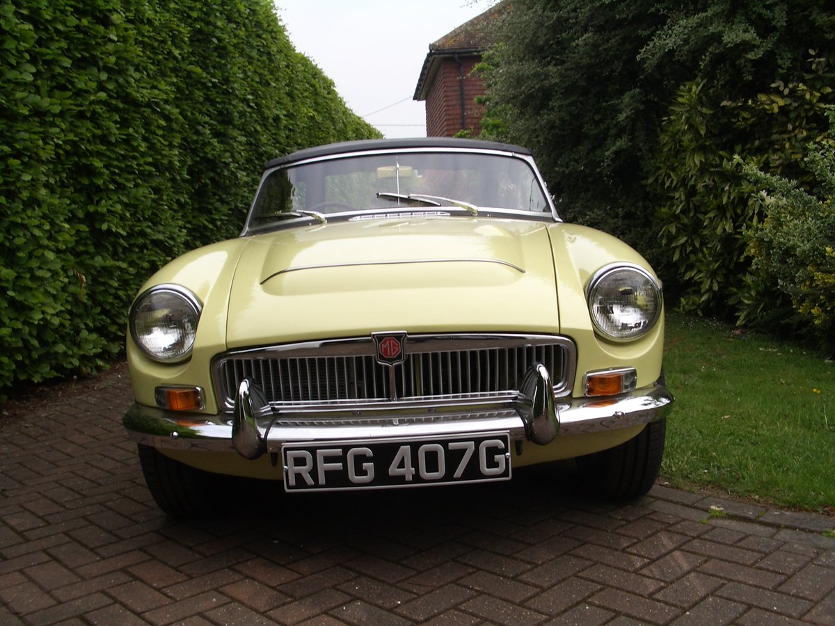 MGC Roadster 1969 Auto For Sale (picture 1 of 6)