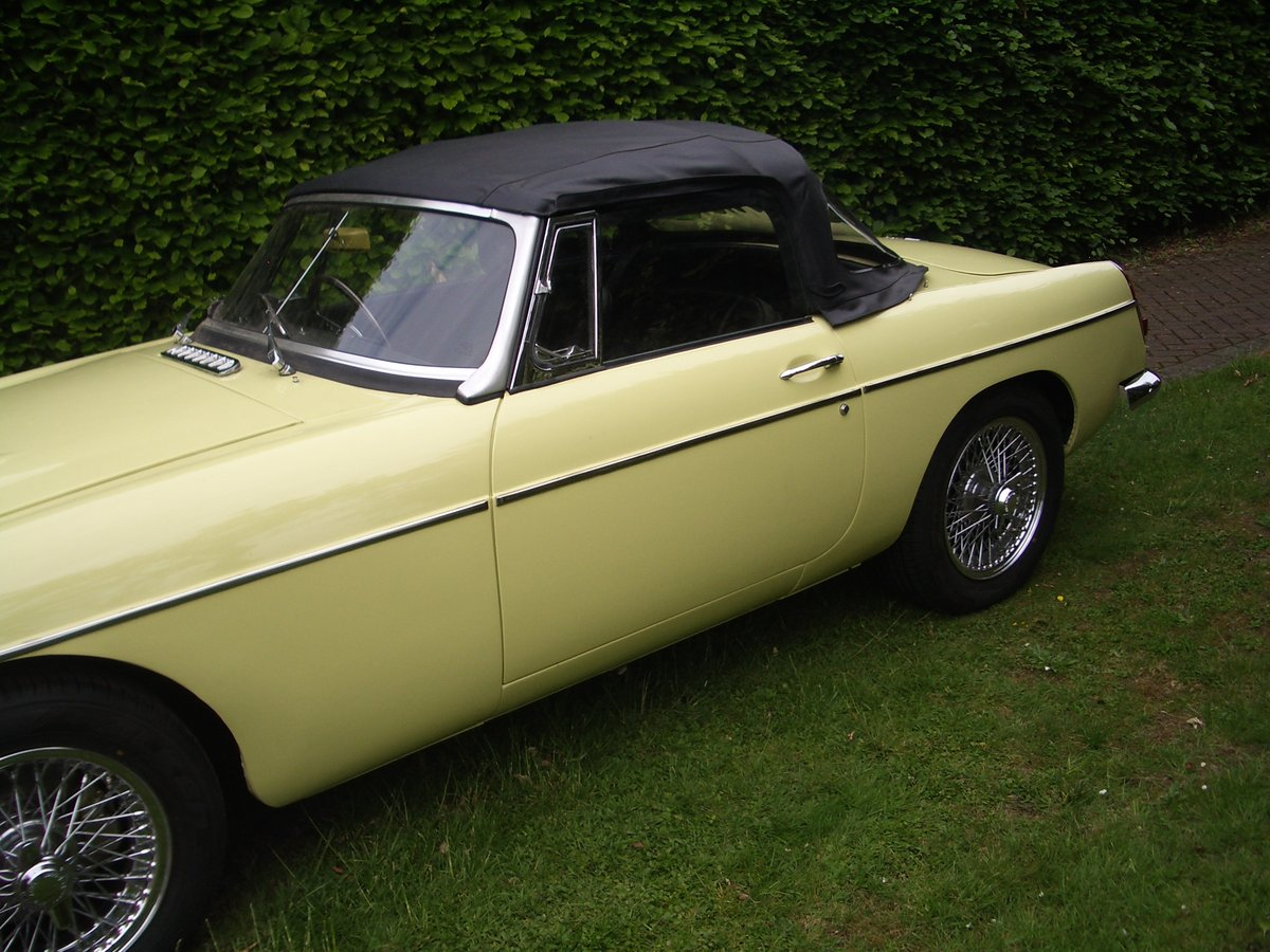 MGC Roadster 1969 Auto For Sale (picture 2 of 6)