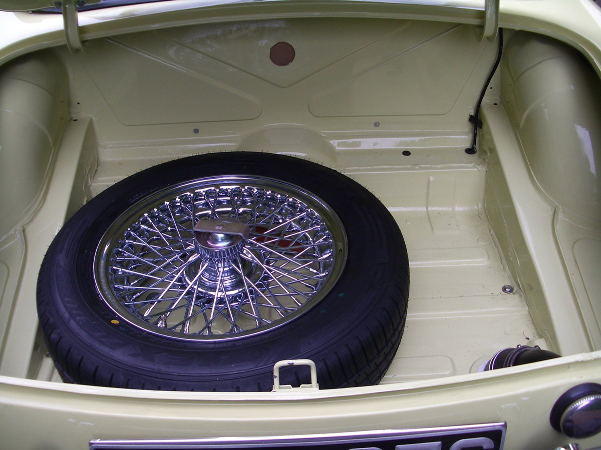MGC Roadster 1969 Auto For Sale (picture 6 of 6)