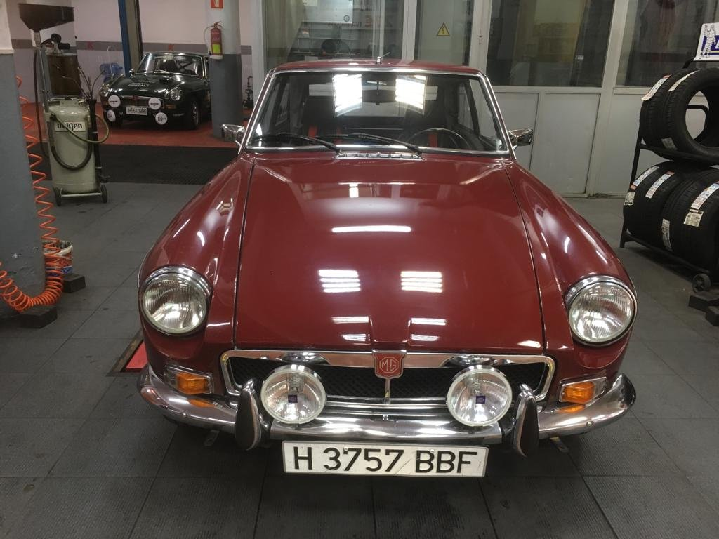 Restored 1973 MGB GT For Sale (picture 1 of 6)