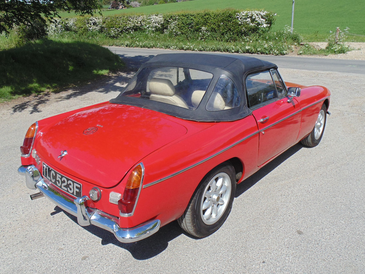 1968 MGB Roadster SOLD (picture 3 of 6)