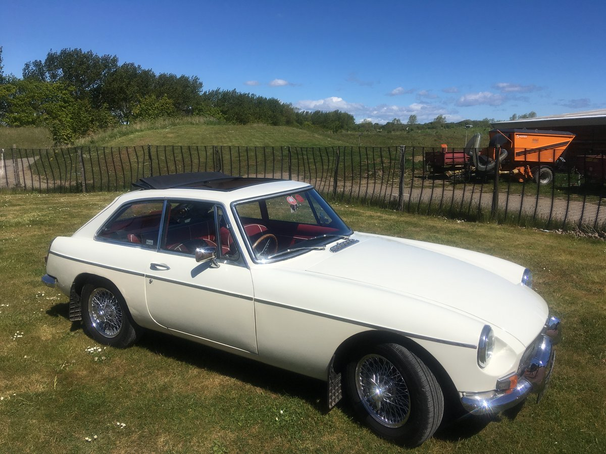 MGB GT 1967 For Sale (picture 1 of 5)