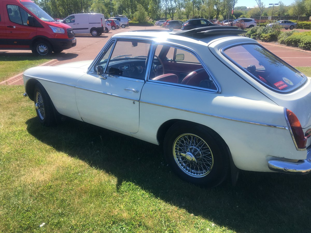 MGB GT 1967 For Sale (picture 3 of 5)