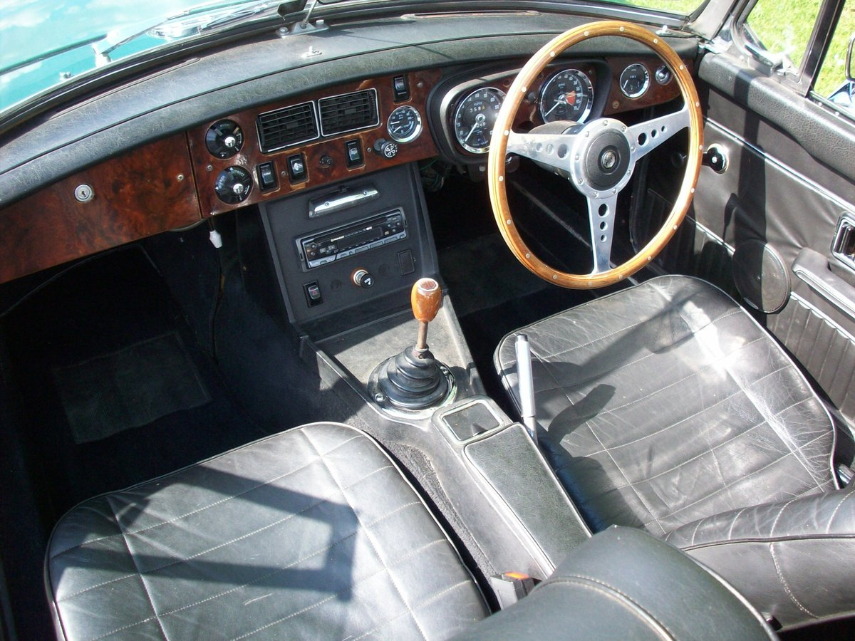1974 MGB Roadster SOLD (picture 5 of 6)
