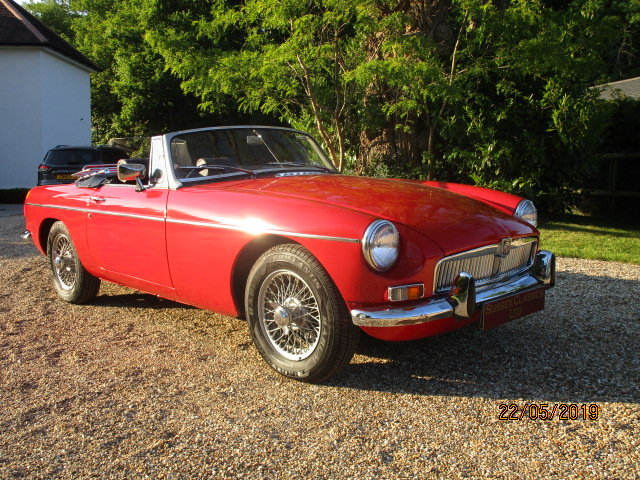 1972 MGB Roadster (Card Payments Accepted & Delivery) SOLD (picture 1 of 6)