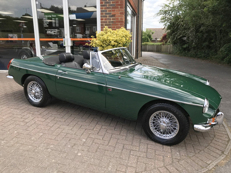 1972 MGB ROADSTER (Just 11,000 miles since restoration) For Sale (picture 1 of 1)