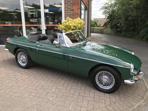 1972 MGB ROADSTER (Just 11,000 miles since restoration) For Sale