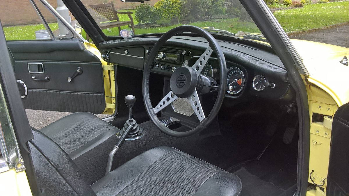 1970 mgbgt  For Sale (picture 4 of 6)