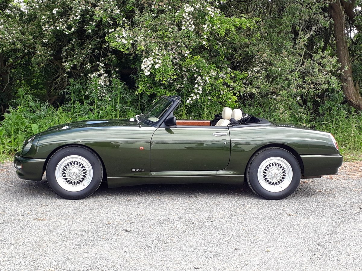1995 STUNNING LOW MILEAGE MG RV8 SOLD (picture 2 of 6)