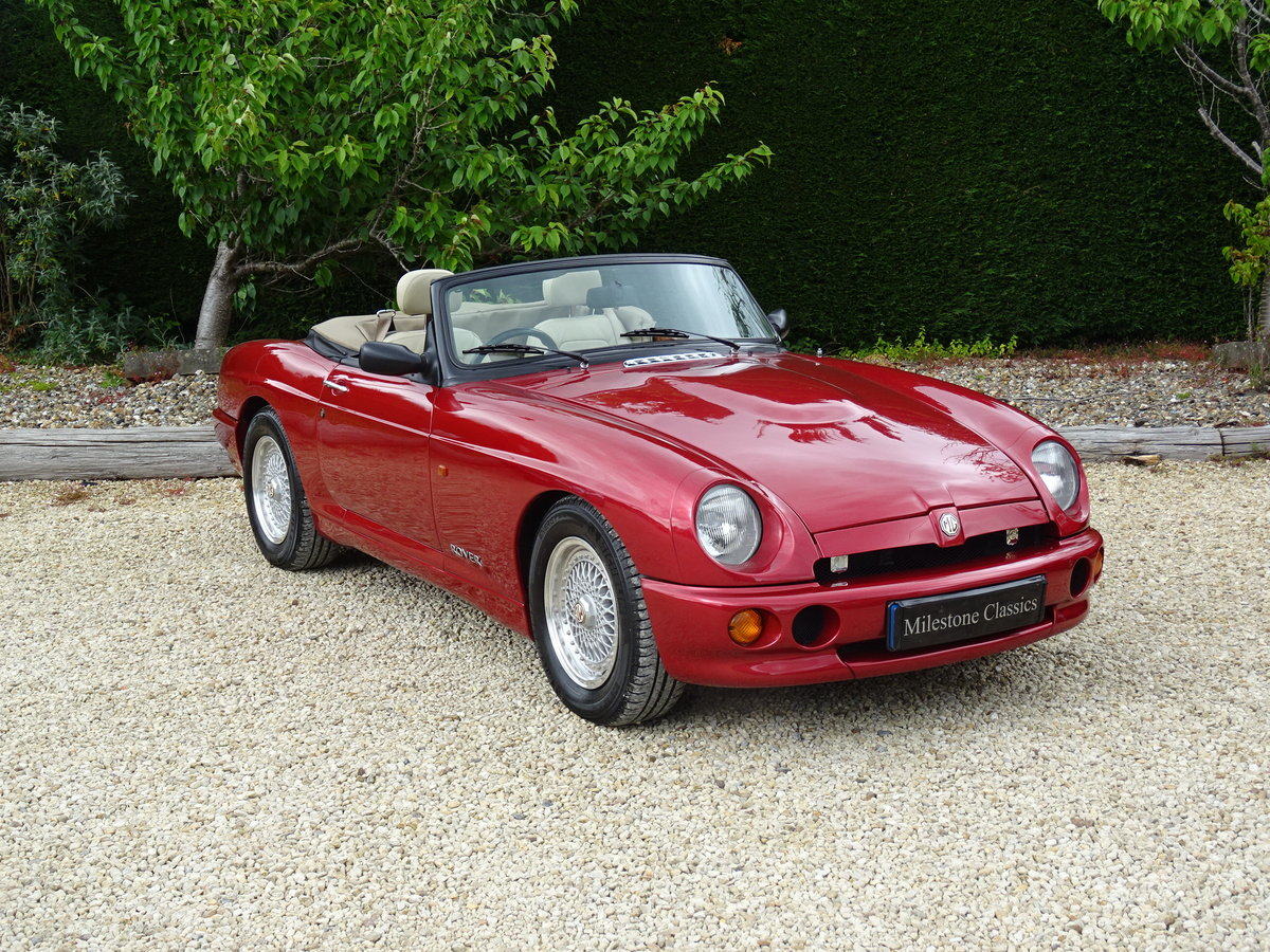 MG RV8 – Rare Nightfire Red & Power Stering For Sale (picture 2 of 6)