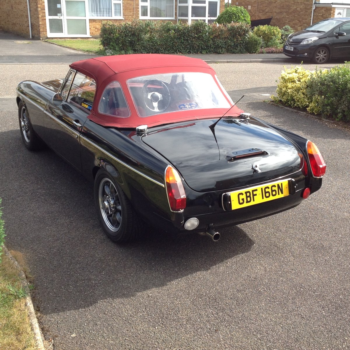 1974 Amazing MGB  Roadster (Something Special) SOLD (picture 5 of 6)