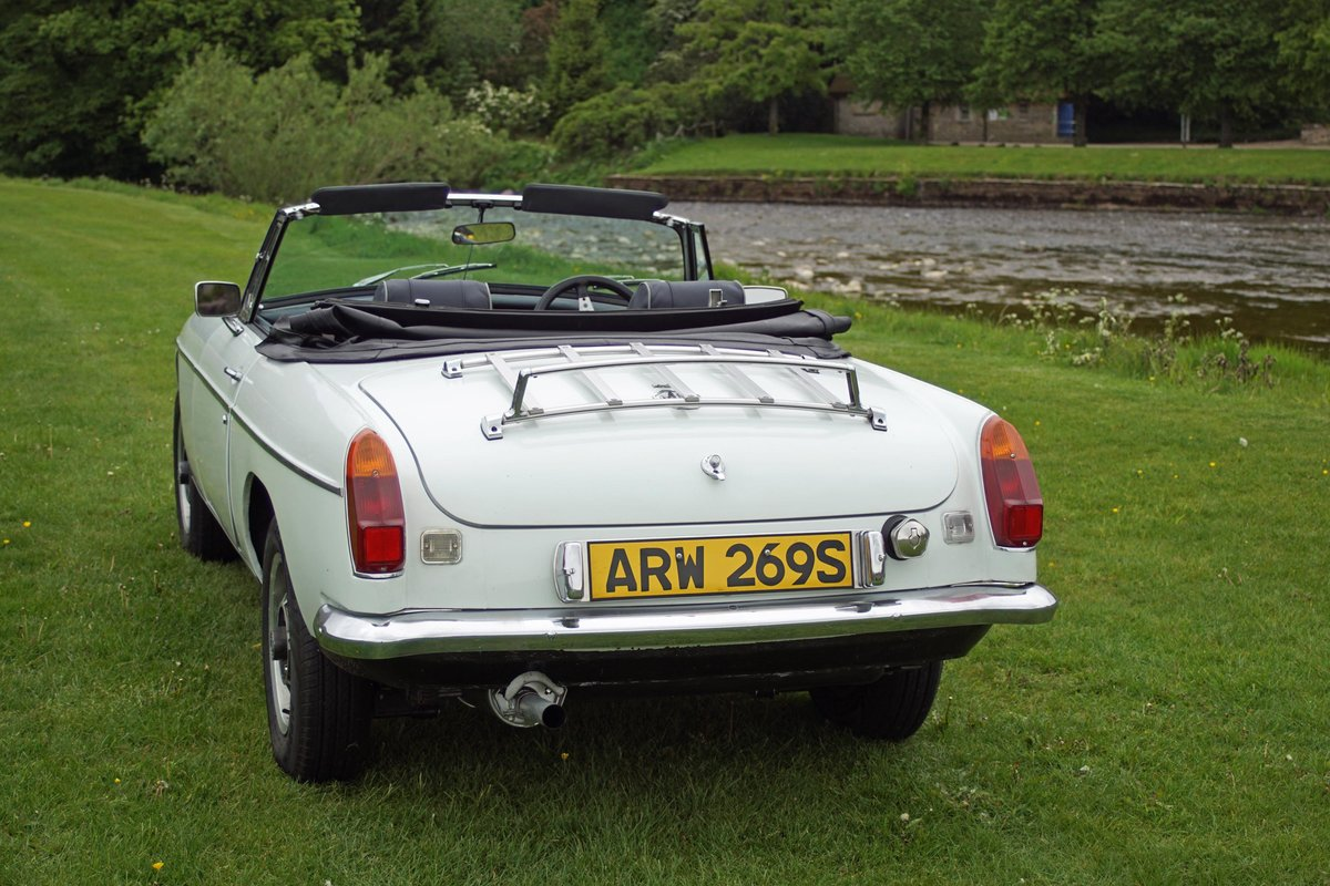 1977 MBG Hire | self-drive MGB Roadster For Hire (picture 2 of 4)