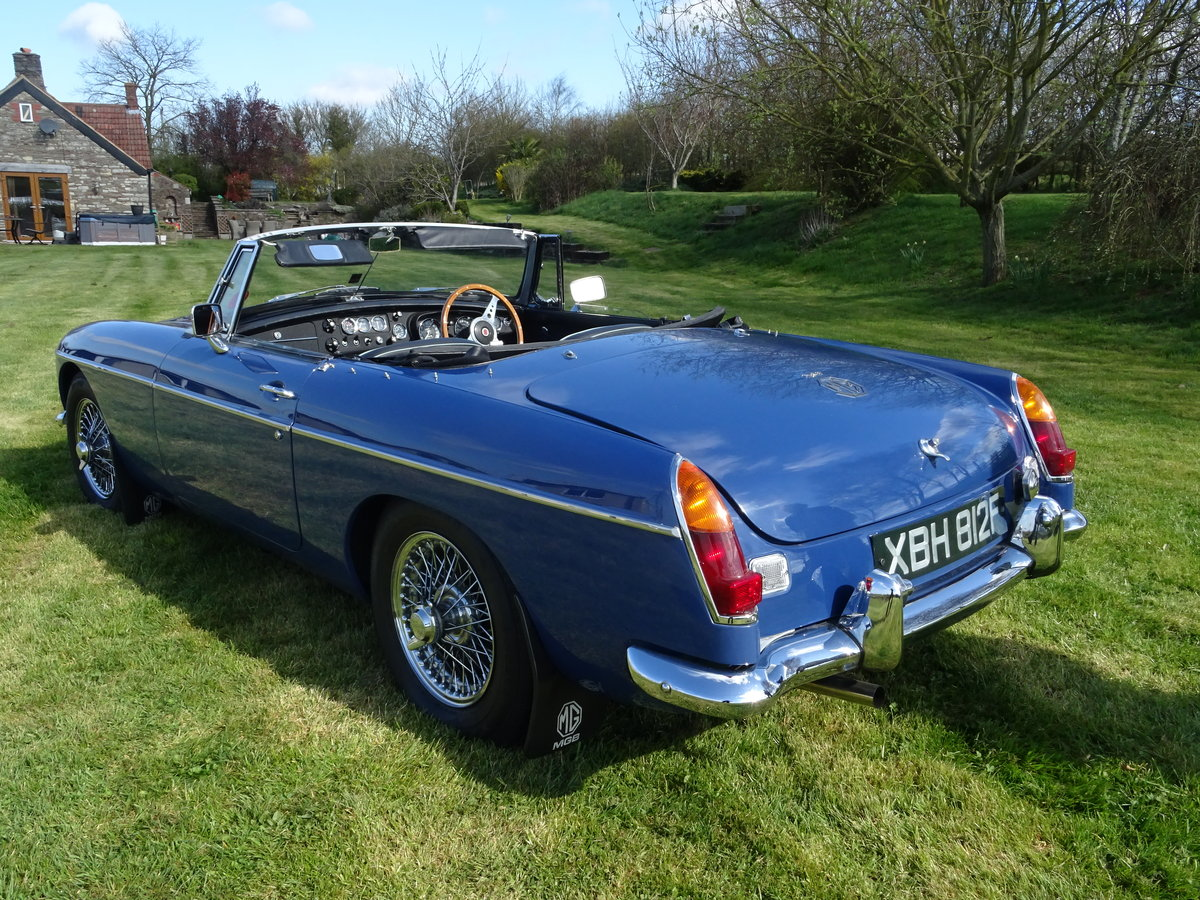 1967 MGB Lovely early example in outstanding condition For Sale (picture 2 of 6)