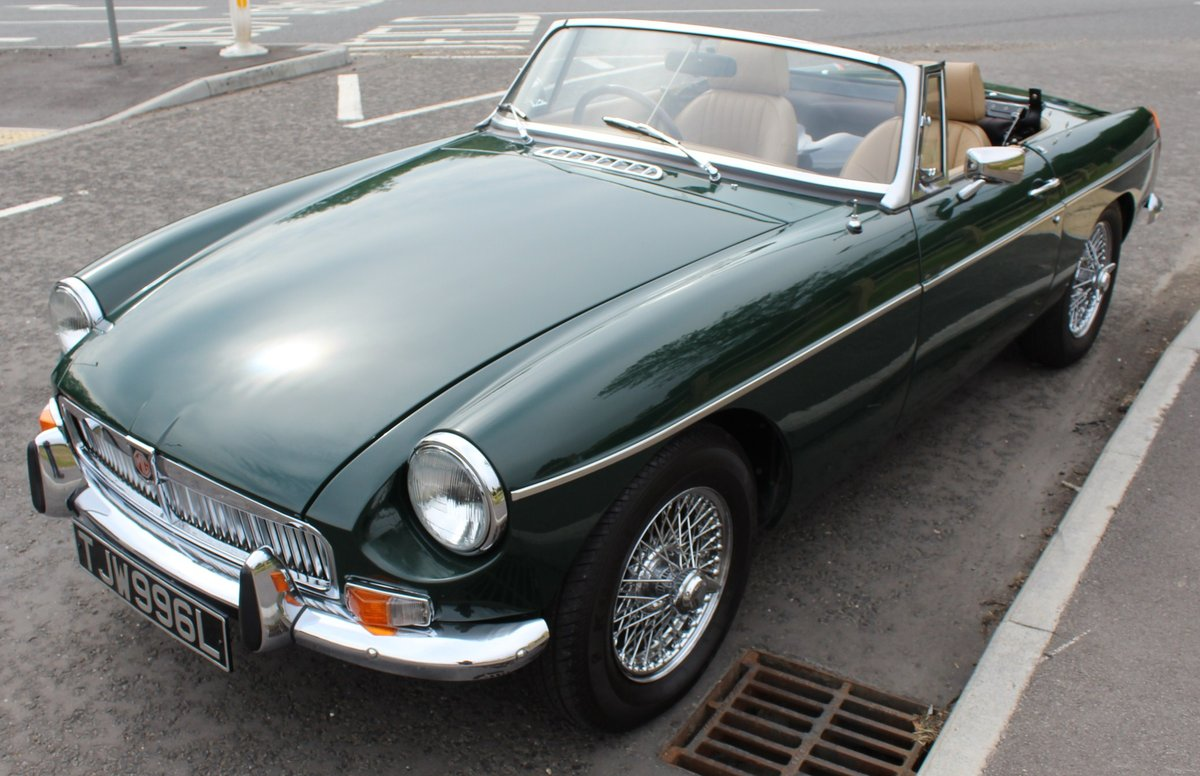 1973 MGB Roadster With O/D Original UK RHD SUPERB SOLD (picture 2 of 6)