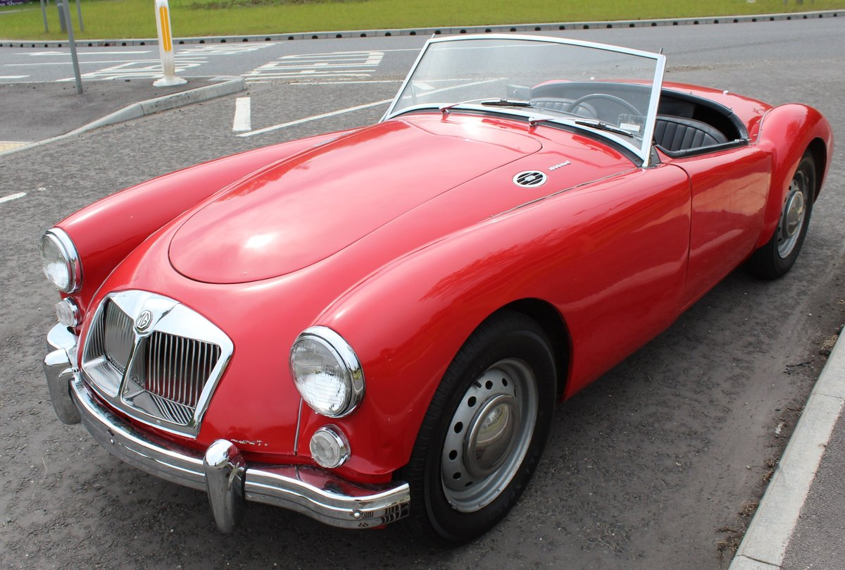 1961 MGA 1600 MK2 Roadster LHD Very Good Condition  SOLD (picture 2 of 6)