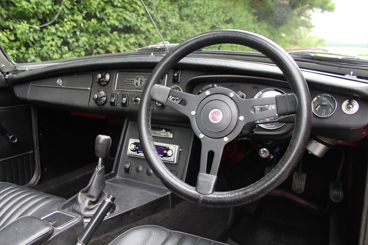 1970 MGB Roadster - UK car, overdrive, CWW For Sale (picture 7 of 12)