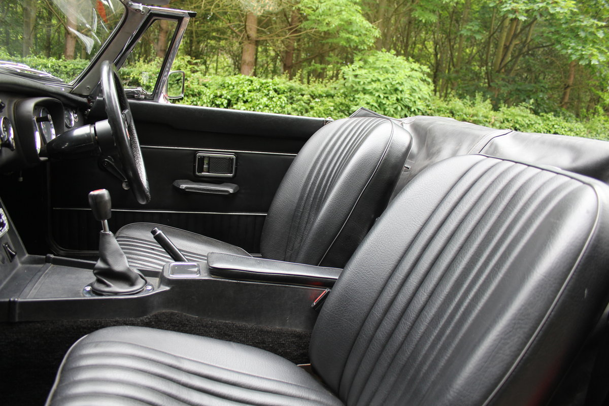 1970 MGB Roadster - UK car, overdrive, CWW For Sale (picture 10 of 12)