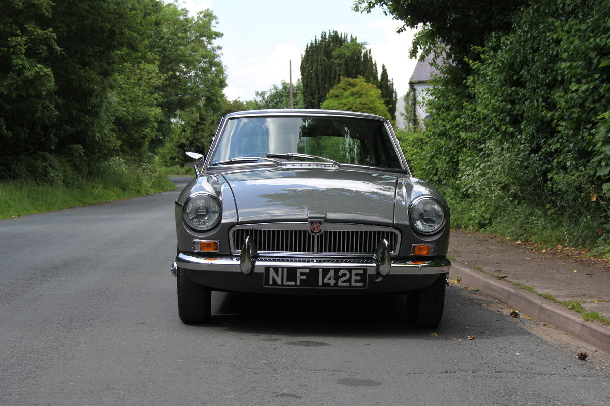 1967 MGB GT - Rebuilt Engine, Gearbox and Overdrive. For Sale (picture 2 of 12)