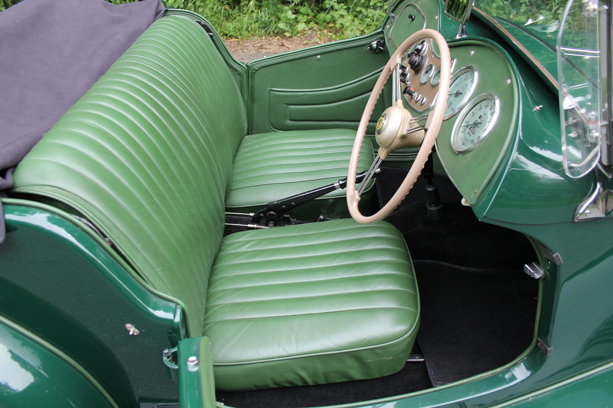 1953 MG TD - Exceptional Condition - 5 Speed Gearbox SOLD (picture 8 of 12)