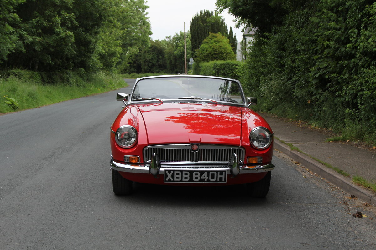 1970 MGB Roadster - UK car, overdrive, CWW For Sale (picture 2 of 12)