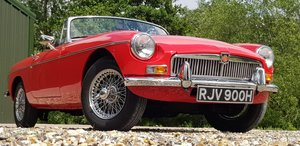 1970 heritage  restored  stunning  mgb  roadster  For Sale