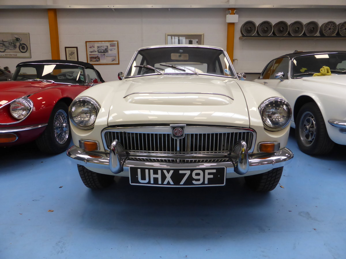 1968 MGC-GT Auto For Sale (picture 2 of 5)
