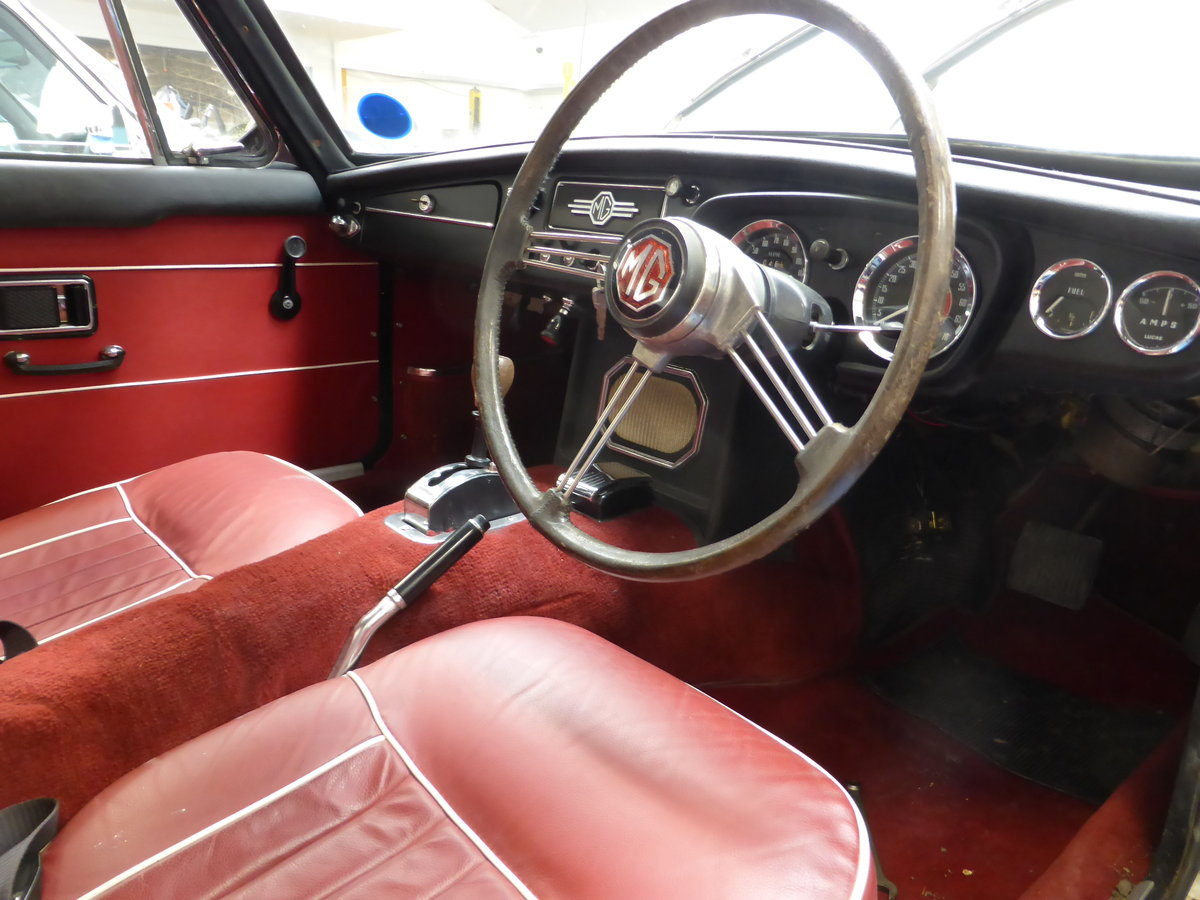 1968 MGC-GT Auto For Sale (picture 4 of 5)