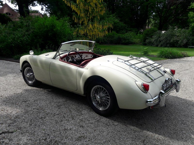 Mga old englisch white 1958 restored car 31500 euro SOLD (picture 2 of 6)