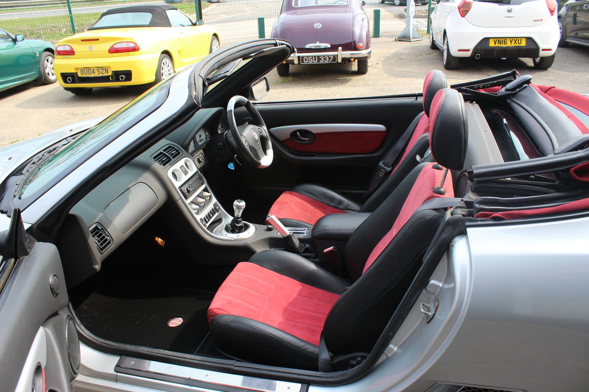 2004 MG TF 80TH ANNIVERSARY,26000 MILES, NEW HOOD,HEADGASKET,RAC For Sale (picture 4 of 6)