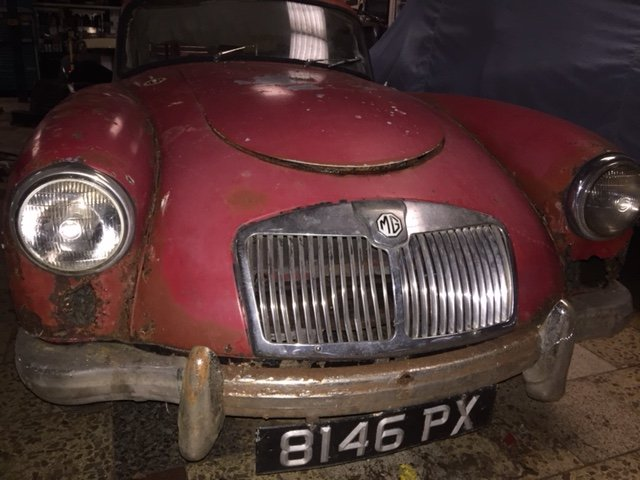 MGA 1960 MK1 1600 CC FOR RESTORATION UK CAR  SOLD (picture 4 of 6)
