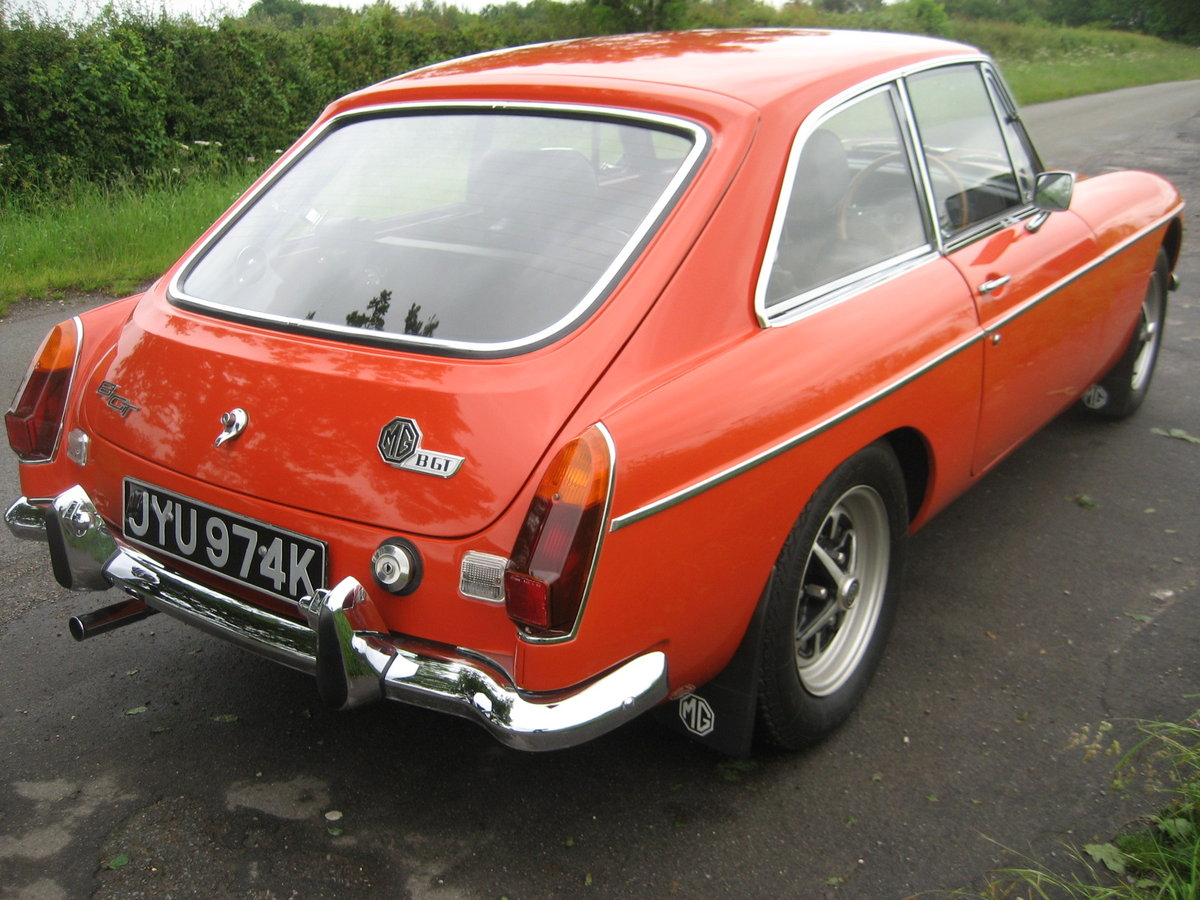 1971 MGB GT totally restored SOLD (picture 2 of 6)